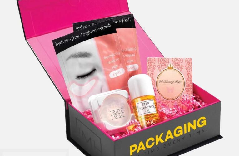 How to make Beauty Business brand with Custom Cosmetic Boxes